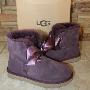 UGG GITA BOW SUEDE SHEARLING BOOTS NEW!  PORT